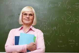 Выхода на пенсию педагогов